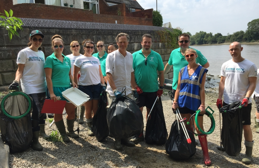 Thames Foreshore Clean Up